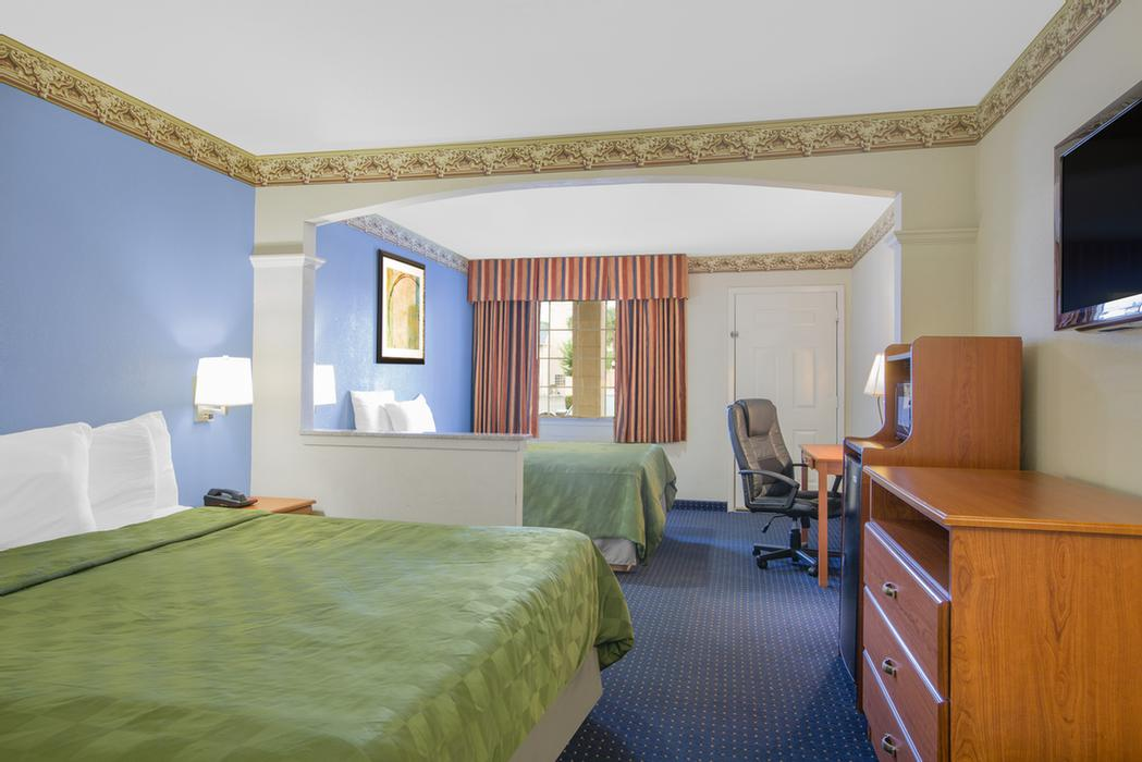 Large Suite With One King And One Full Size Bed 2 of 12