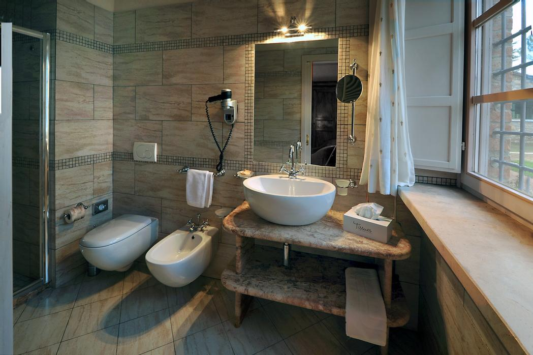 La Sovana -Bathrooms 13 of 13
