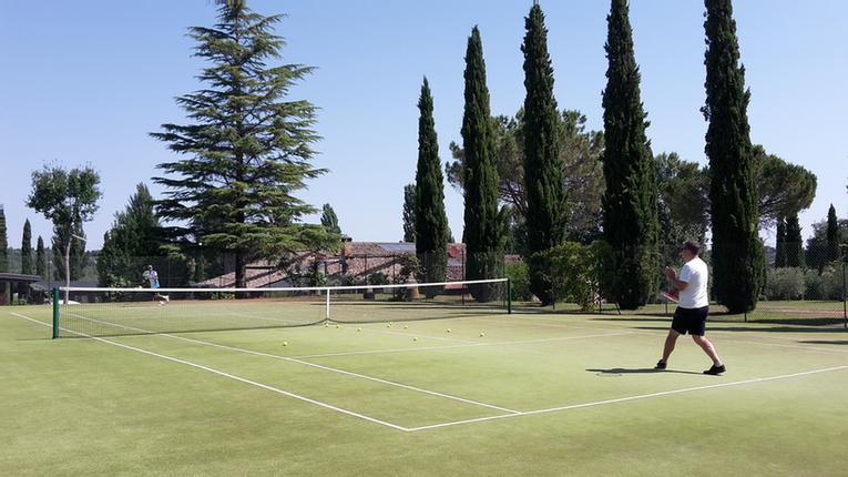 La Sovana -Tennis Courts 8 of 13