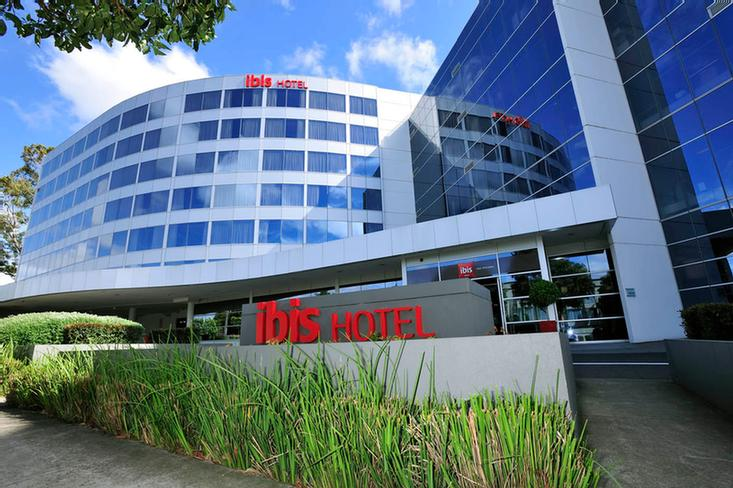 Ibis Melbourne Glen Waverley 1 of 16