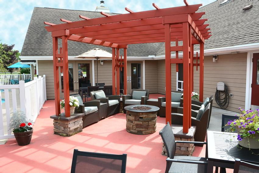 Outdoor Patio With Fireplace And Grill 9 of 9