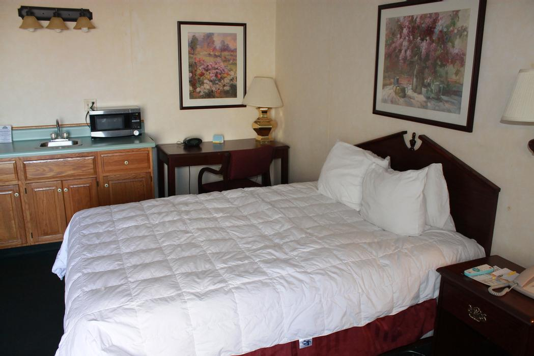 Guest Room With 1 Bed 32 of 37