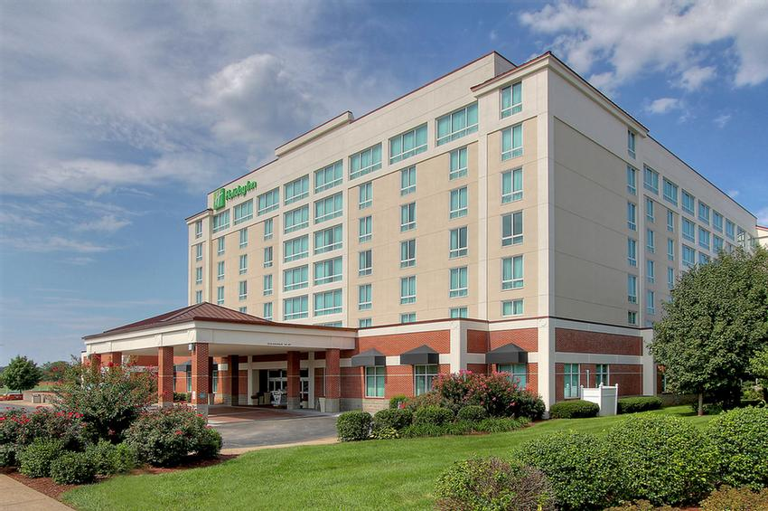 Welcome To The Newly Renovated Holiday Inn University Plaza-Bowling Green 2 of 7