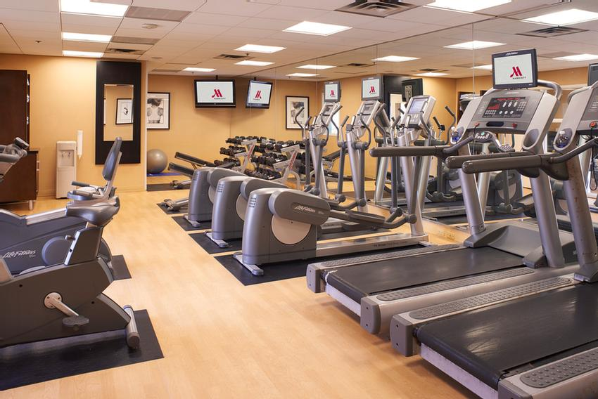 Airport Marriott Fitness Center 10 of 14