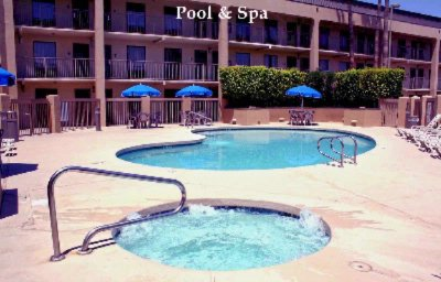 Spa & Pool 8 of 11