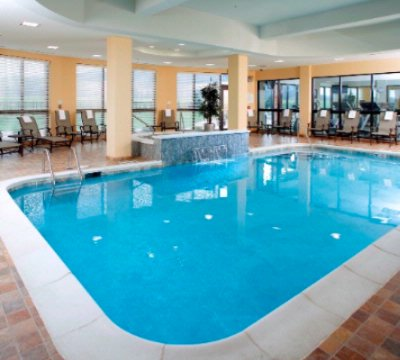 Indoor Swimming Pool 5 of 17
