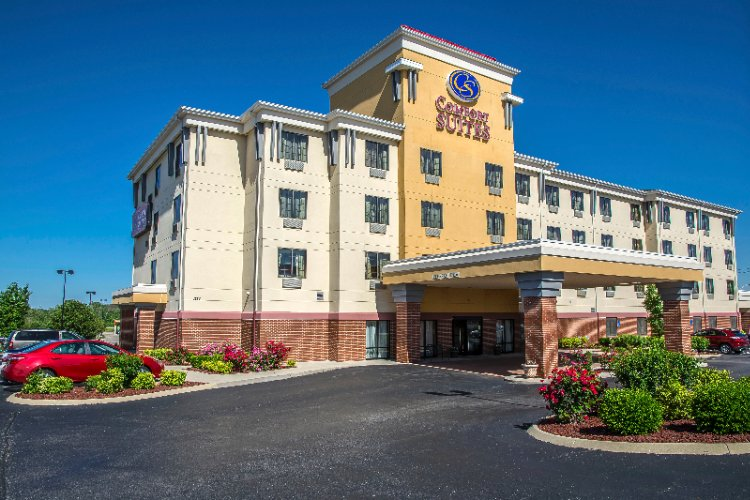Image of Comfort Suites Forest Park