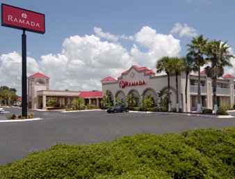 Ramada Inn Heritage Park Kissimmee 1 of 7