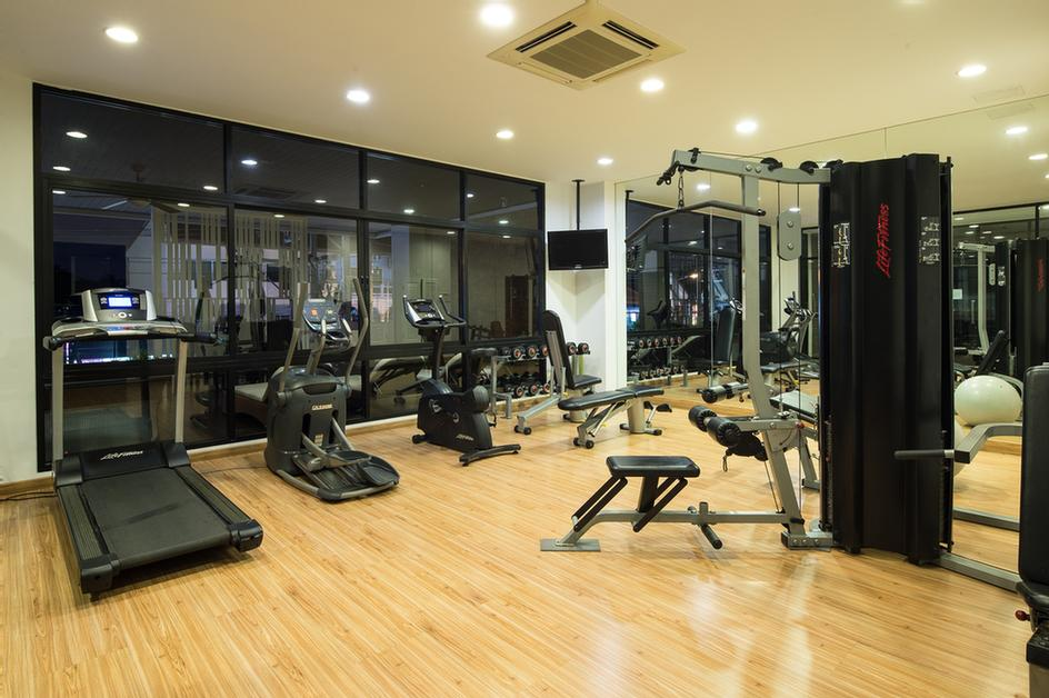Fitness Room 6 of 41