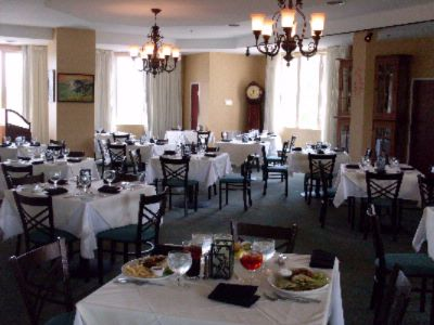 Troutdale Steakhouse Located On The 5th Floor Inside The Holiday Inn -Norton Enjoy Top Floor Dinning With A Scenic View 10 of 16