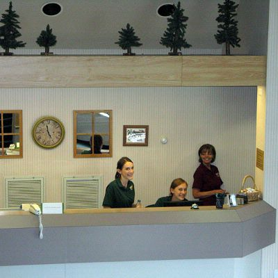 24-hour Front Desk Service 3 of 9