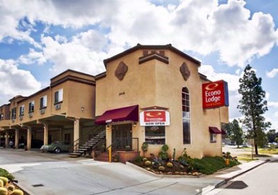Econo Lodge Inn & Suites Fallbrook / Temecula 1 of 7