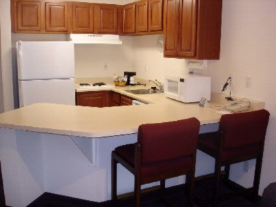 King Standard Suite Kitchen 9 of 17