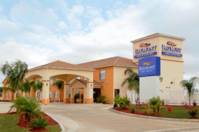 Baymont Inn & Suites 1 of 8