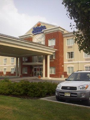 Holiday Inn Express & Suites Vineland/millville 2 of 9
