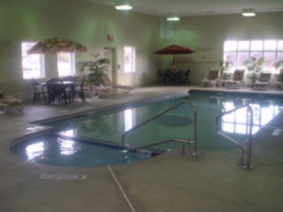 Heated Indoor Pool & Jacuzzi 7 of 9
