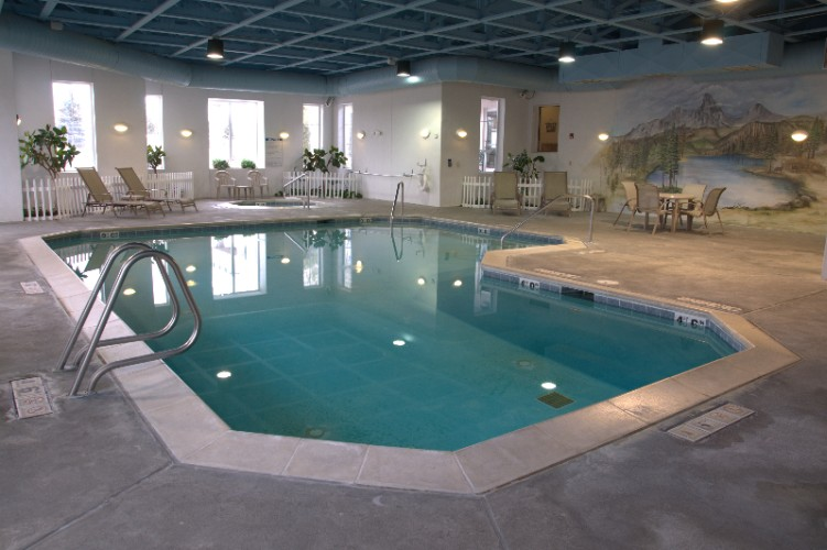 24-Hour Indoor Pool & Spa 3 of 24