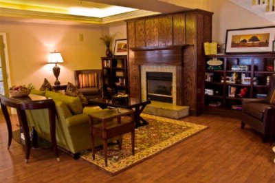 Image of Country Inn & Suites Atlanta Airport North