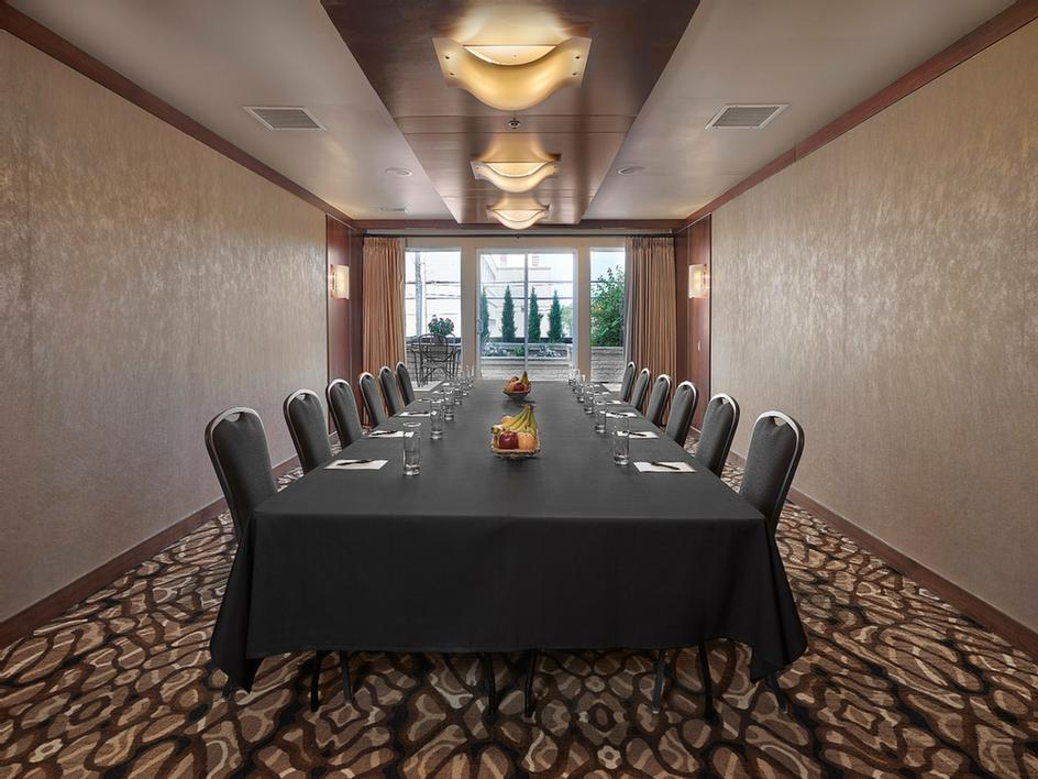Metterra Boardroom 6 of 9