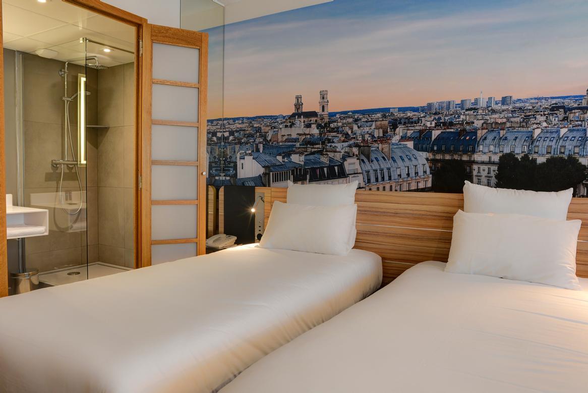 Novotel paris 14 porte d 39 orleans paris 15 17 21 romain for Hotel porte orleans paris