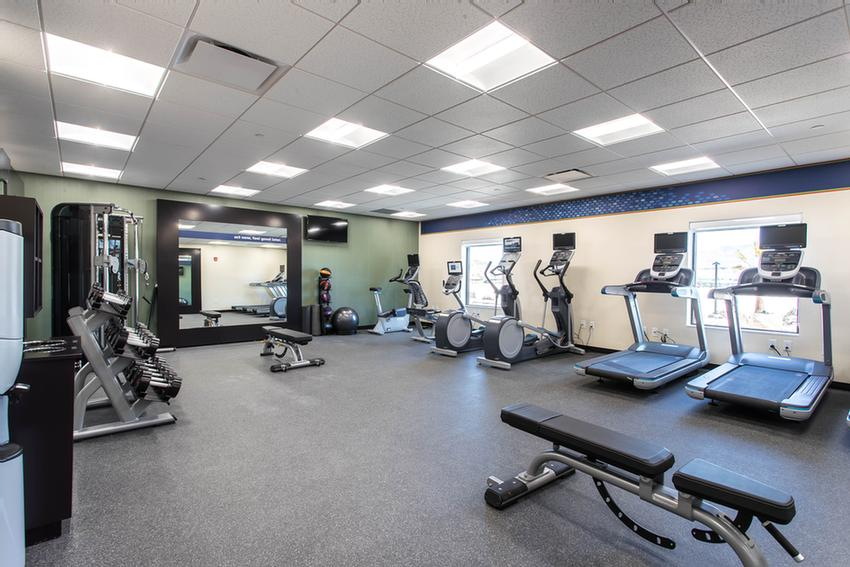 Workout Room 4 of 11