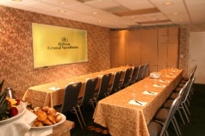 Gold Meeting Room 6 of 10