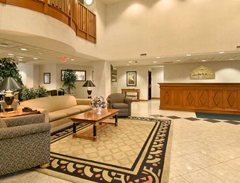 Wingate By Wyndham Vineland Lobby 3 of 11
