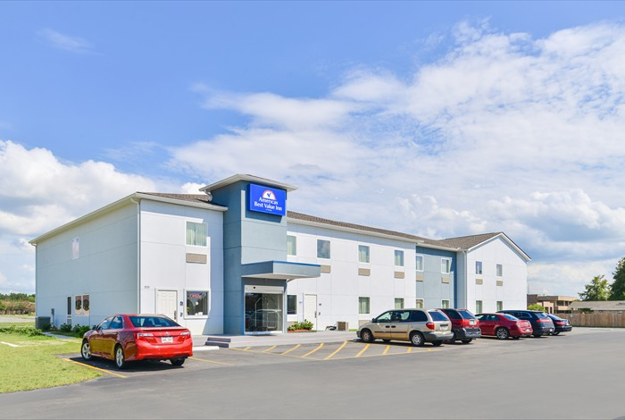 Americas Best Value Inn College Drive 1 of 15