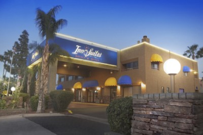 Hotel Tempe / Phoenix Airport Innsuites at the Mal