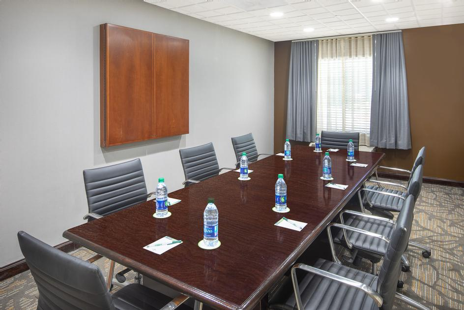 Executive Boardroom 3 of 11