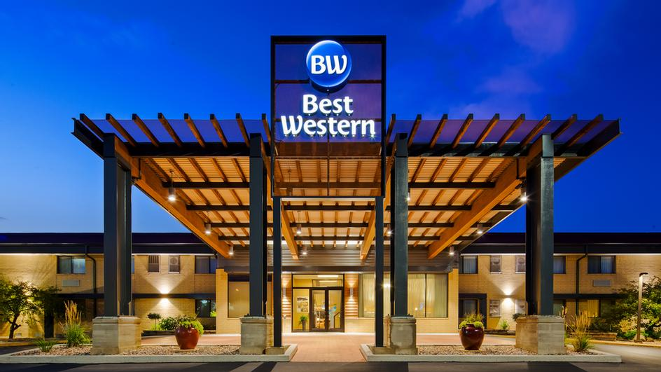 Best Western West Towne Suites Newly Designed Two Story Lobby