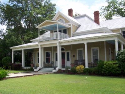 The Historic Statesboro Inn & Restaurant 1 of 6