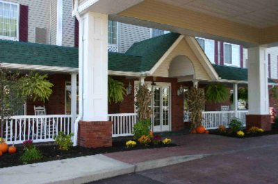 Image of Country Inn & Suites Youngstown West