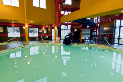 Indoor Pool 5 of 19