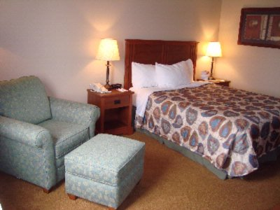 Newly Renovated Guest Rooms Have All The Amenities You\'re Looking For. 5 of 10