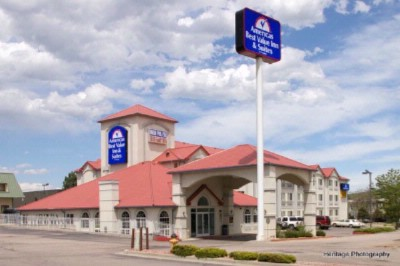 Americas Best Value Inn & Suites Colorado Springs 1 of 14