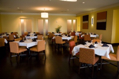 The Landing Restaurant Located Within The Hotel 10 of 16