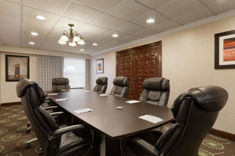 Boardroom For Up To 12 Guests 17 of 17
