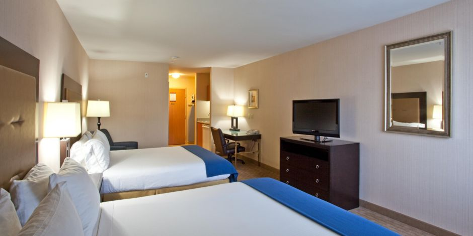 Holiday Inn Express & Suites Seatac 7 of 7