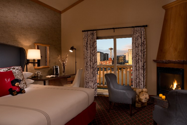 Cityside King Guestroom 8 of 10