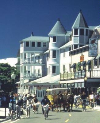 Downtown Mackinac Island 8 of 19