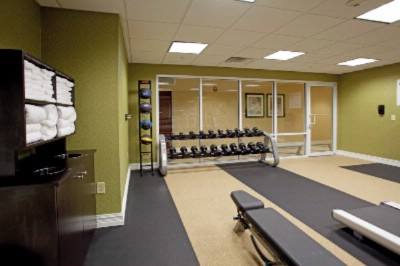 Fitness Room 15 of 17