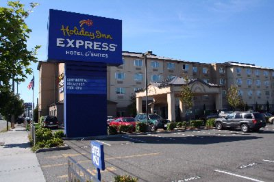 Holiday Inn Express North Seattle Shoreline