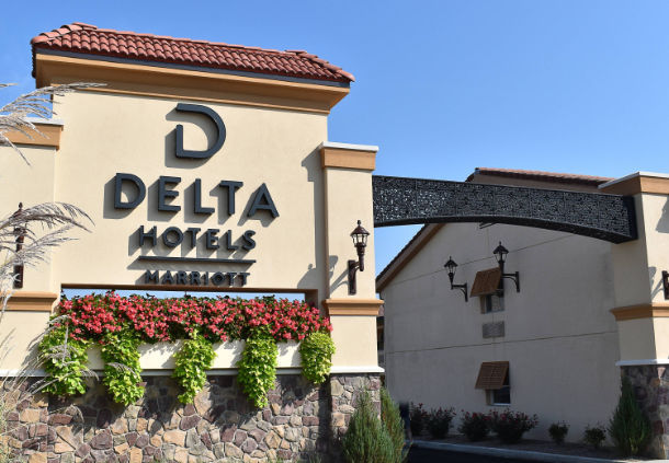 Delta Hotels Indianapolis East 1 of 16