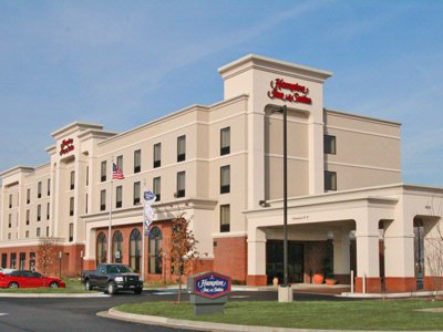 Image of Hampton Inn & Suites Indianapolis Airport