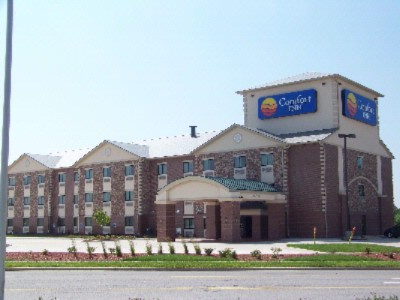 Quality Inn & Suites 1 of 10