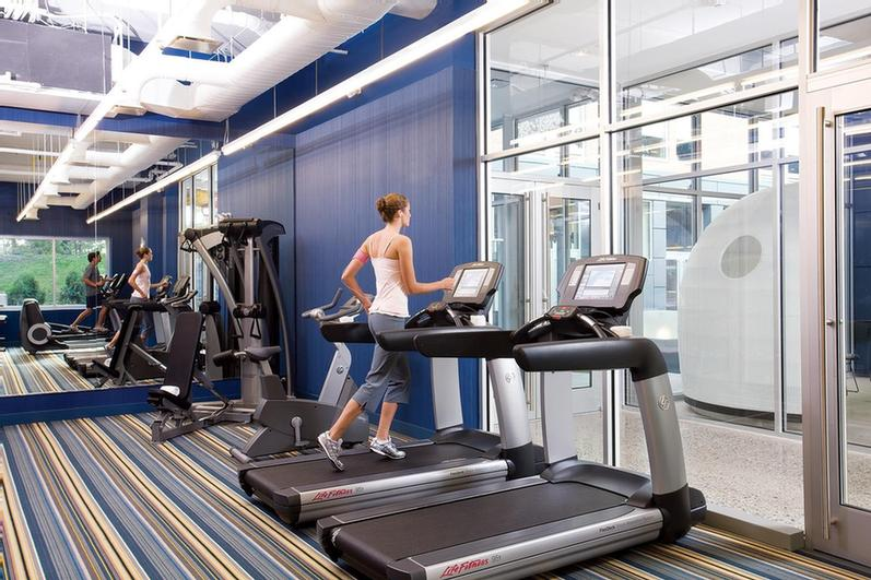 Re:charge -Stretch Lift And Pump 24/7 With Stationary Bikes Treadmills And Elliptical Machines From Life Fitness. 5 of 11