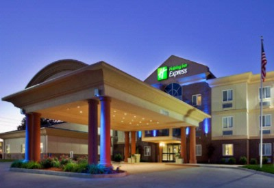 Holiday Inn Express Warrenton 1 of 30