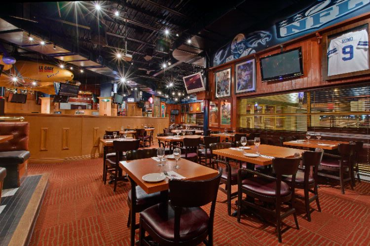 La Cage Aux Sports Restaurant And Bar 11 of 16