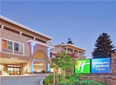 Holiday Inn Express & Suites Santa Cruz 1 of 10